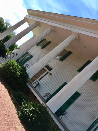 This is Barrington Hall historic house in Roswell. I nver go inside. I just love the grounds.